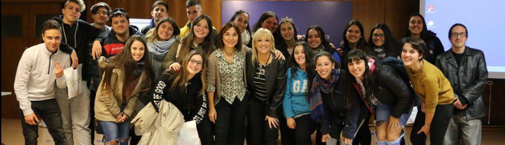 Bachillerato del Liceo 9 visita «Bancania» y aprende sobre política monetaria